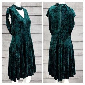 NEW Gabby Skye 14 Crushed Velvet Dress Fit & Flare